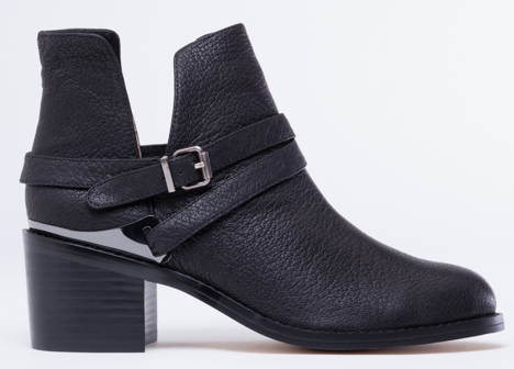 http://www.solestruck.com/senso-ita-black-grained-kid/index.html